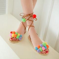 夏波西米亚彩球平底鞋毛毛球流苏夹趾凉鞋女绑带罗马鞋大码L6976