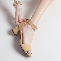 韩版夏季鱼嘴中跟凉鞋女鞋百搭一字带流苏鞋粗跟凉鞋女鞋子L6977