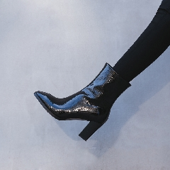 2017年秋冬季欧美真皮漆皮靴子方头粗跟高跟鞋短靴百搭女靴S7028